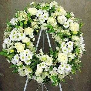 Vòng hoa hồng trắng & cúc